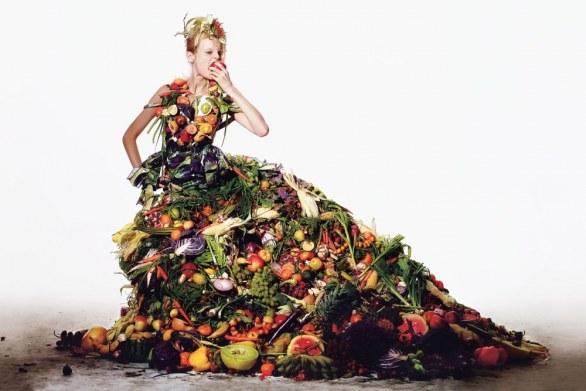 vestito di frutta e verdura